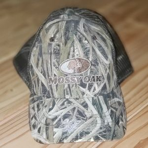 Mossy Oak Camo Trucker Hat